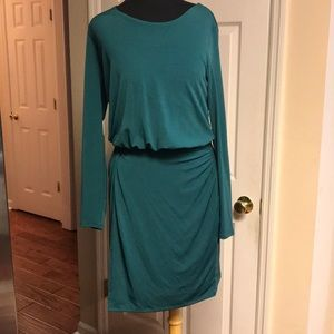Silky knit green dress size s banana republic NWT
